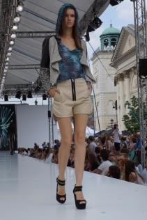 Warsaw Fashion Street, Gold Rush